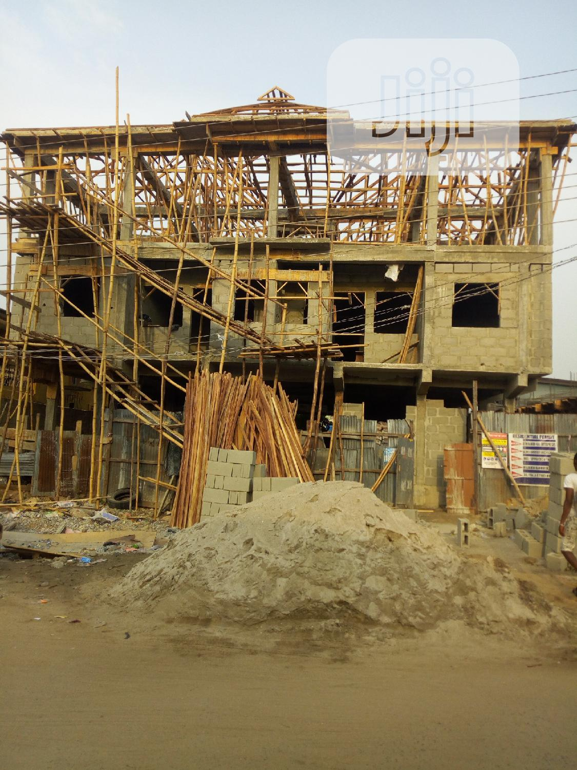 Ware House for Letting at Mushin,Isolo,Lagos