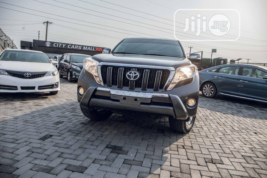 Toyota Land Cruiser Prado 2017 GXL Gray