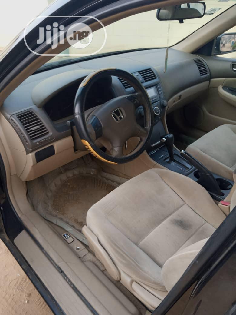 Archive: Honda Accord 2005 2.4 Type S Black