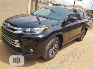 Toyota Highlander 2017 XLE 4x4 V6 (3.5L 6cyl 8A) Black   Cars for sale in Lagos State, Ifako-Ijaiye