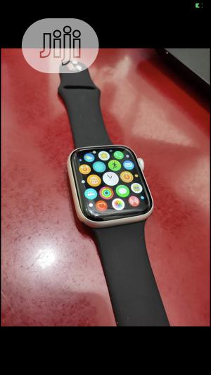Working Perfectly Apple Watch Series 4   Smart Watches & Trackers for sale in Lagos State, Ikeja