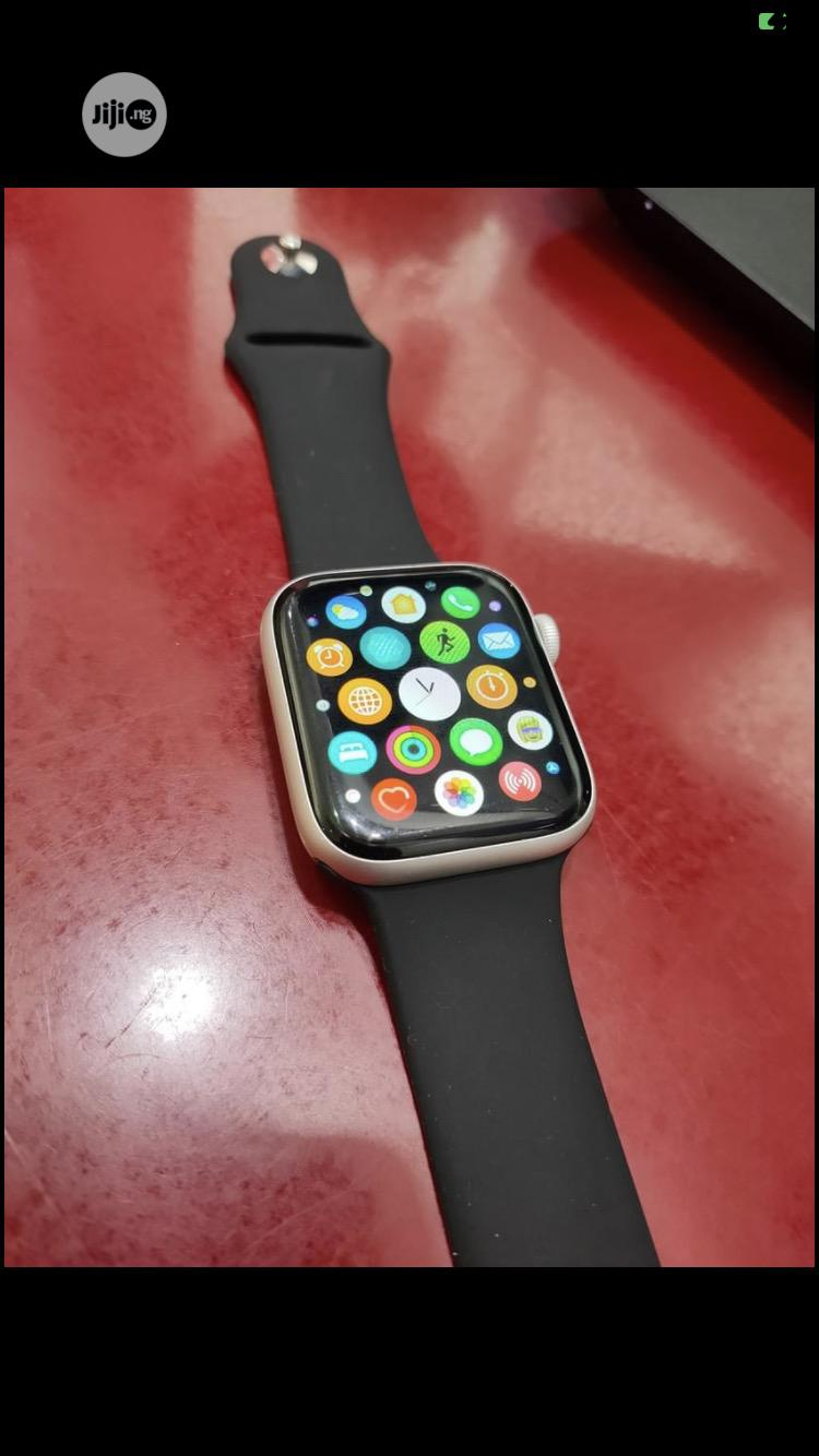 Working Perfectly Apple Watch Series 4