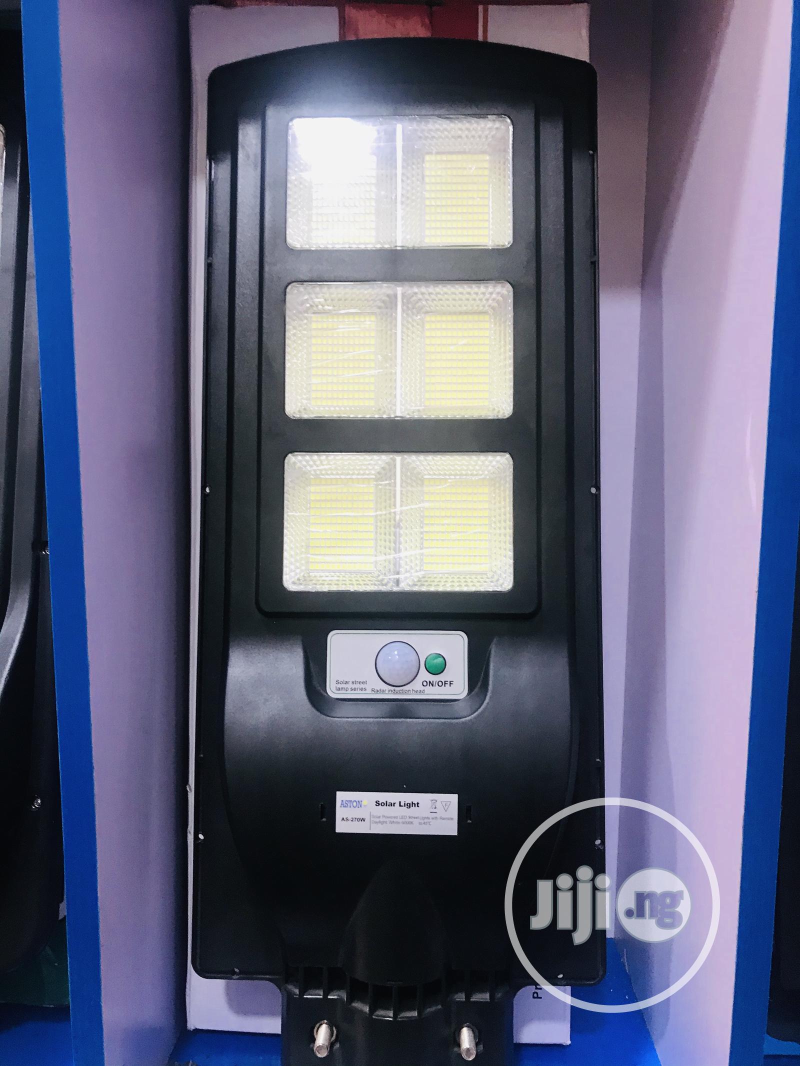 270watt All In One Solar Street Light With 2 Years Warranty