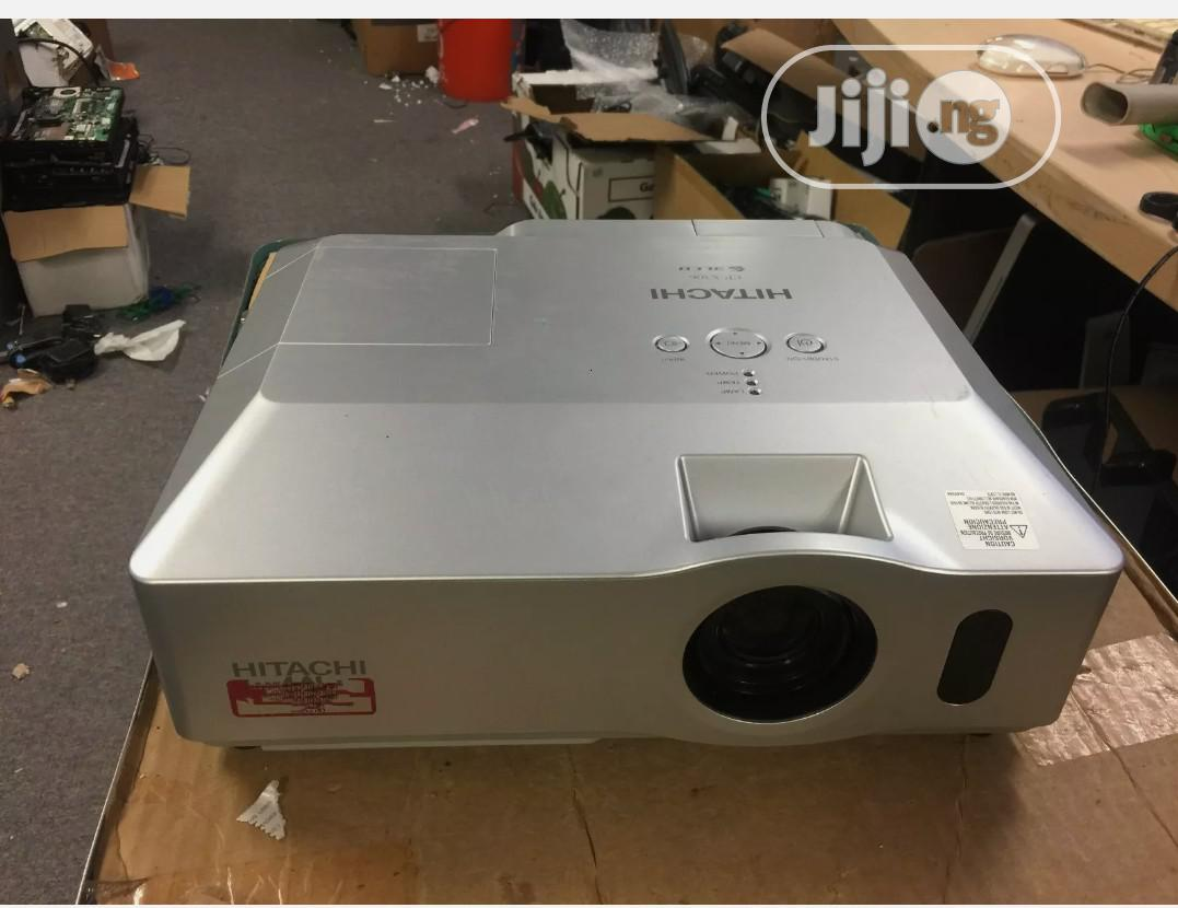 Projector Hitachi 3lcd   TV & DVD Equipment for sale in Ikeja, Lagos State, Nigeria