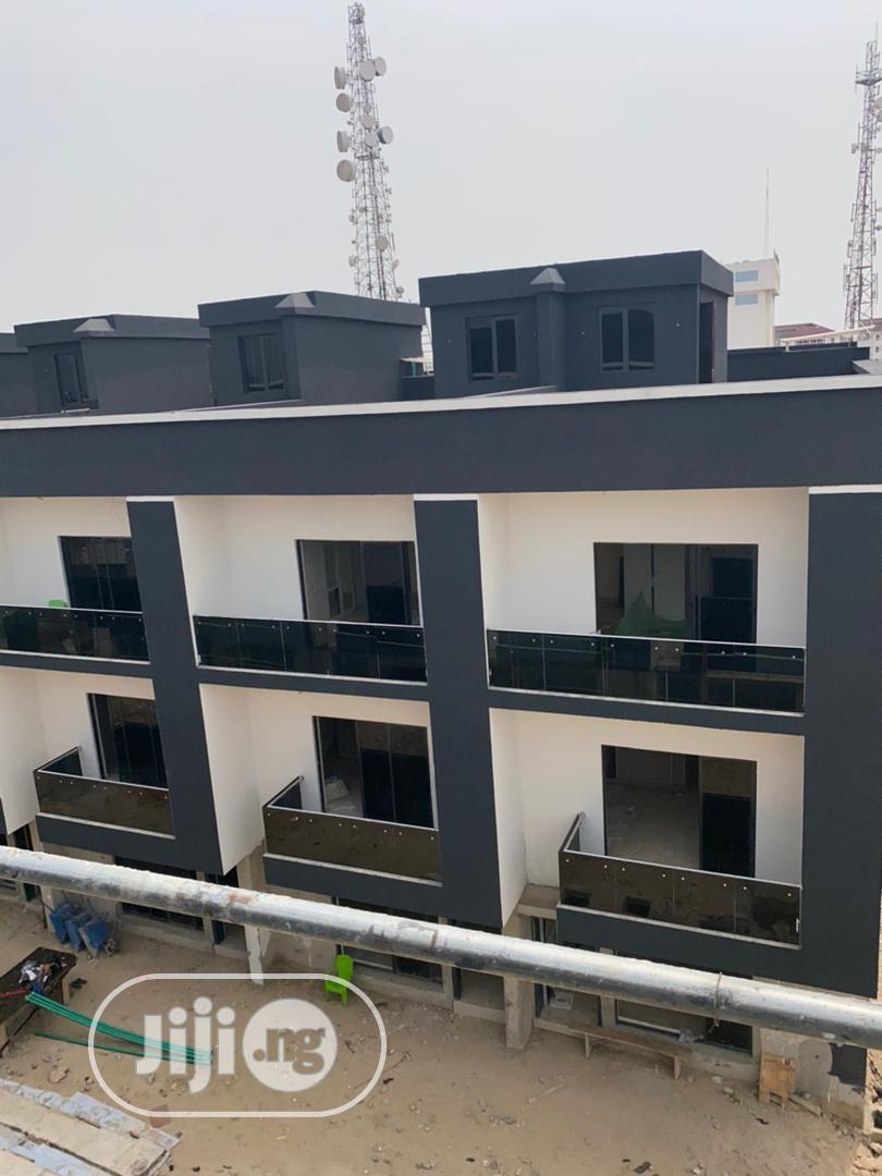 5 Bedroom Semi Detached Terrace Duplex + BQ Cozzy Location