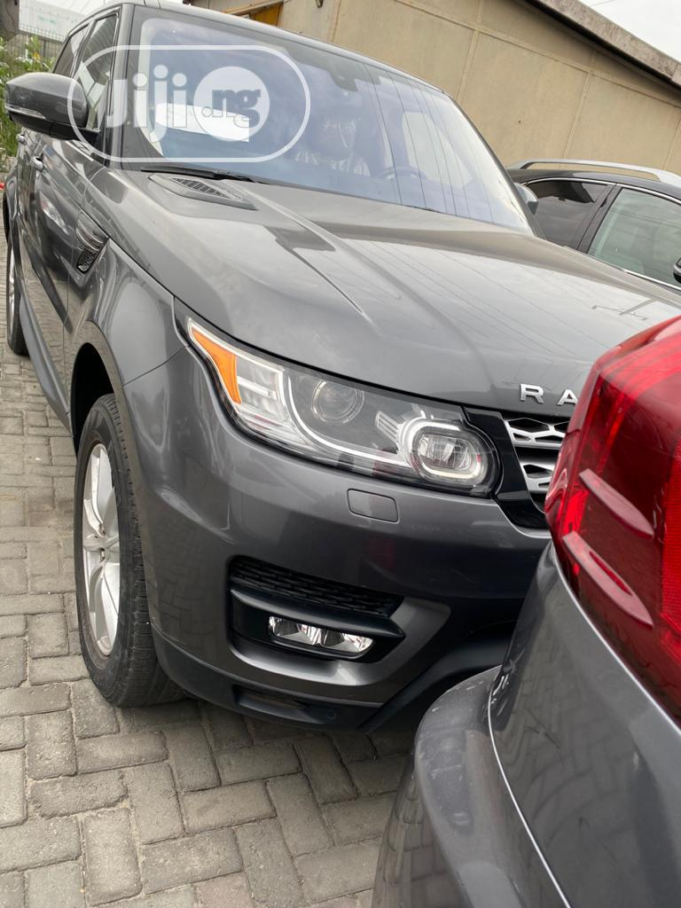 Land Rover Range Rover Sport 2017 SE Td6 4x4 (3.0L 6cyl 8A) Gray | Cars for sale in Lekki, Lagos State, Nigeria