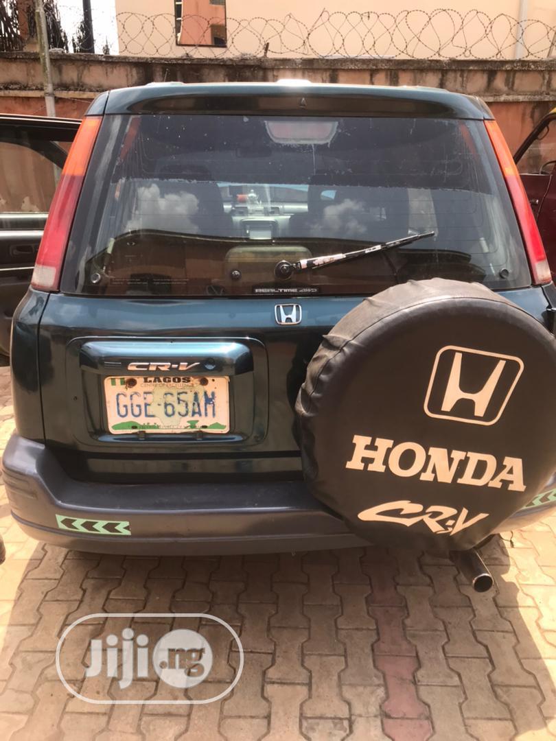 Archive: Honda CR-V 1998 Green