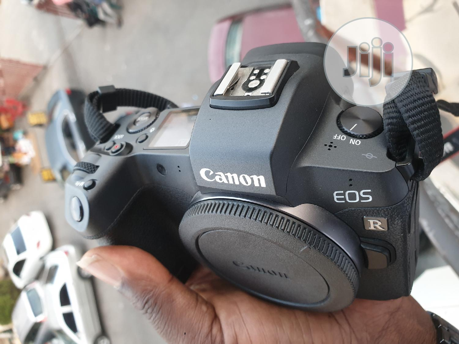 Canon EOS R 4K Professional Digital Camera Wit 24-105mm Lens | Photo & Video Cameras for sale in Wuse 2, Abuja (FCT) State, Nigeria