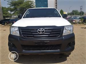 Toyota Hilux 2012 2.0 VVT-i SRX White | Cars for sale in Abuja (FCT) State, Central Business Dis