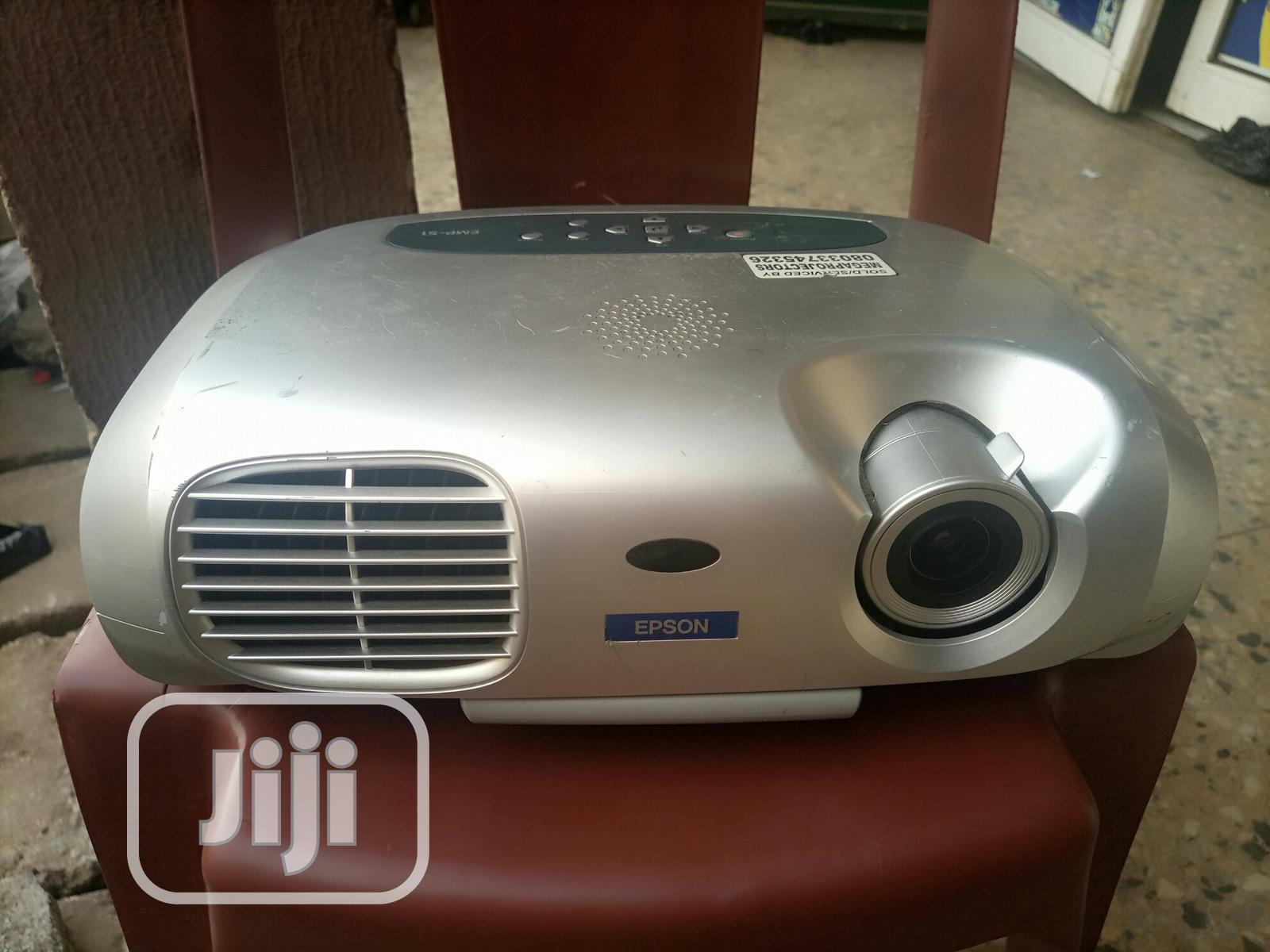 Good and Sharp Epson Projector for Sale