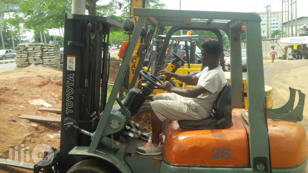 Forklift Operation Training For Beginners