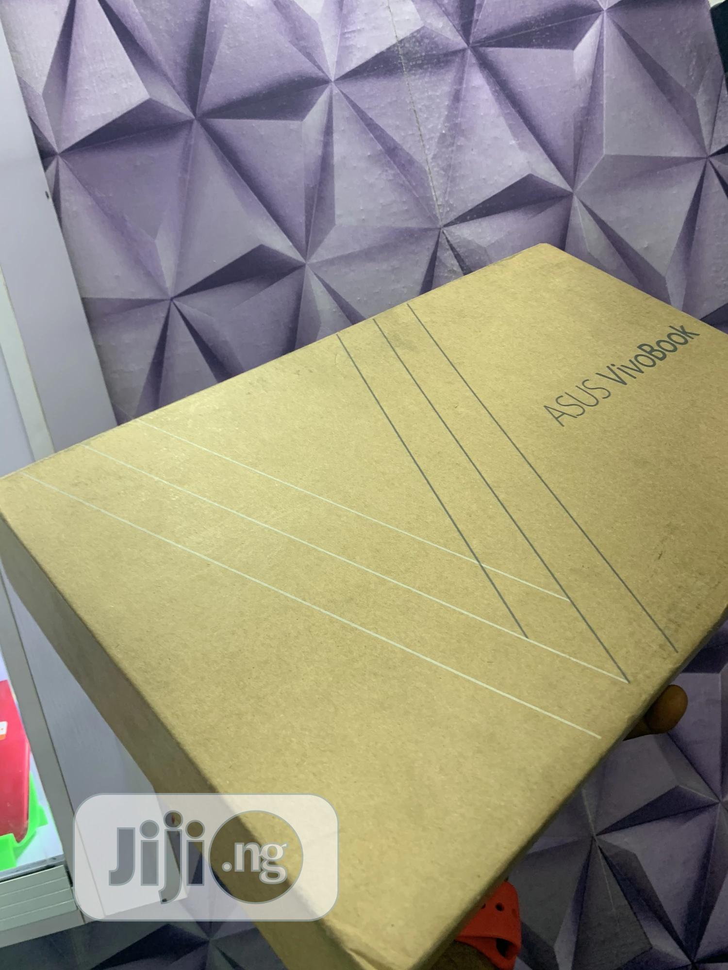 New Laptop Asus VivoBook 15 X505BA 8GB Intel Core I7 SSD 512GB