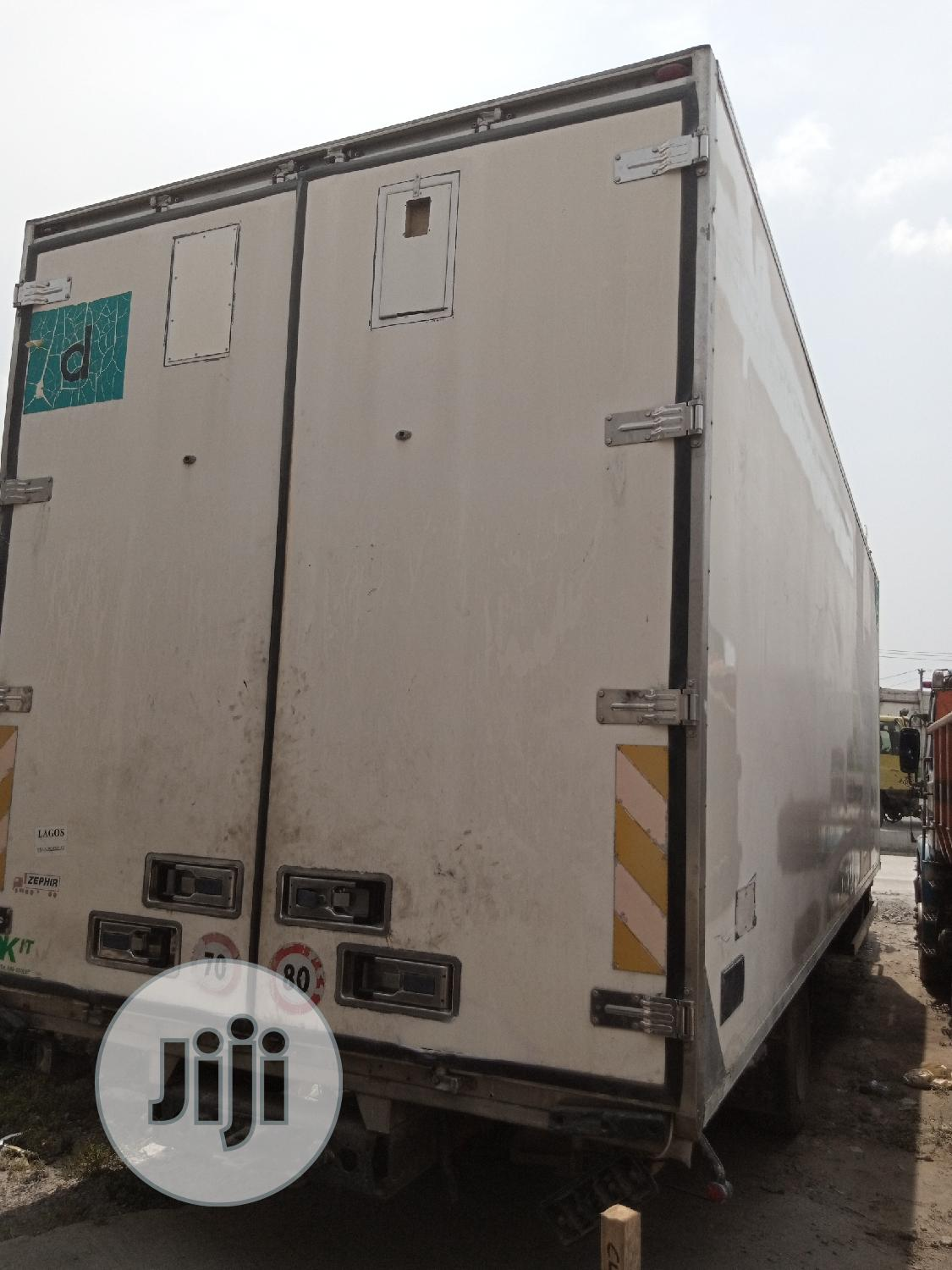 Mercedes Benz Cooling Van 1324 | Trucks & Trailers for sale in Apapa, Lagos State, Nigeria