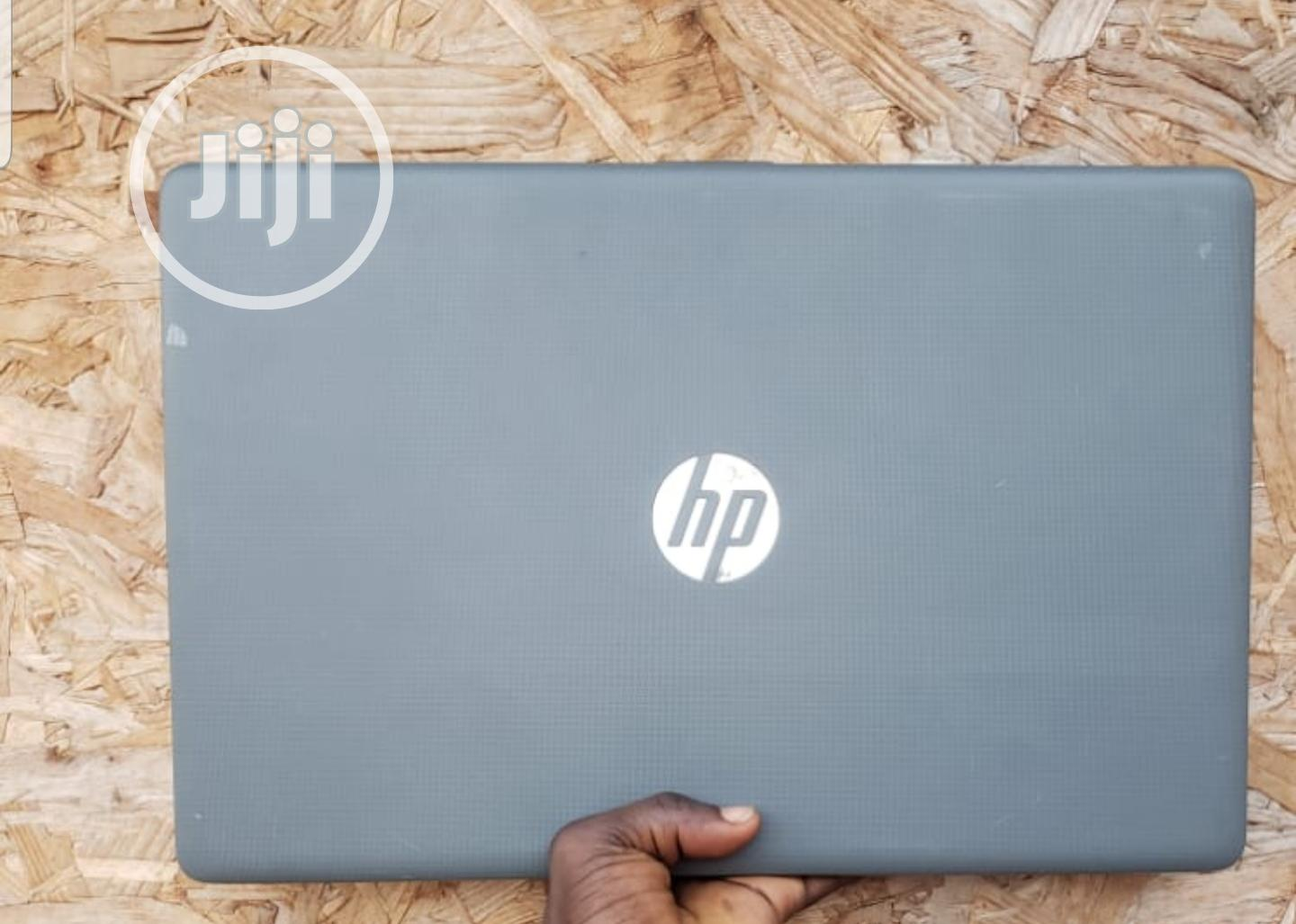 Archive: Laptop HP Pavilion 15 4GB AMD HDD 500GB