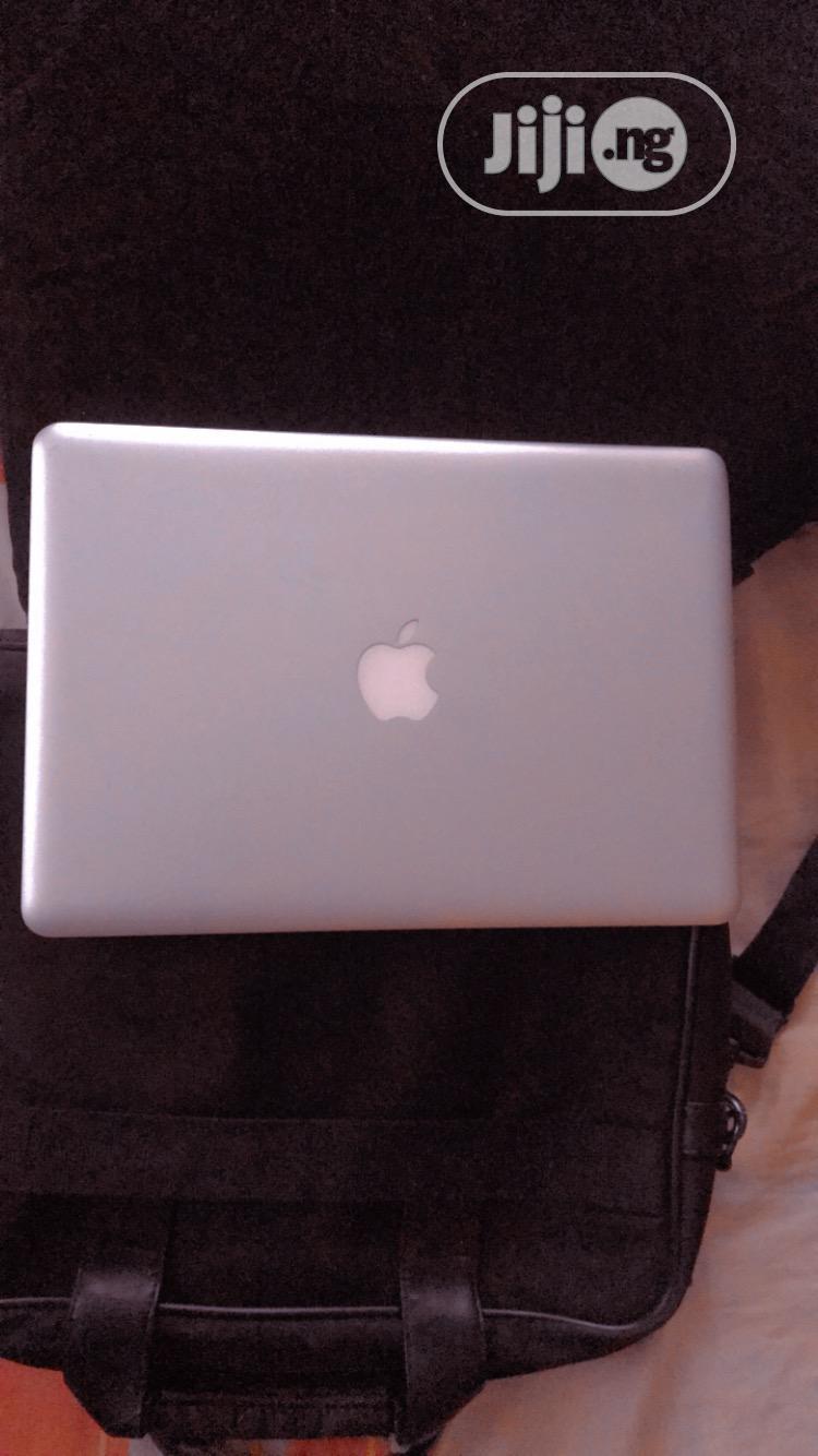 Archive: Laptop Apple MacBook Pro 4GB Intel Core I5 HDD 320GB