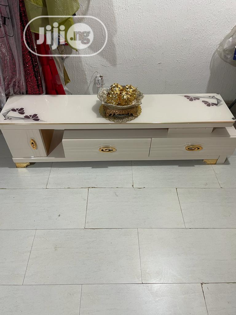 Luxury Tv Stand With Extension | Furniture for sale in Garki 2, Abuja (FCT) State, Nigeria