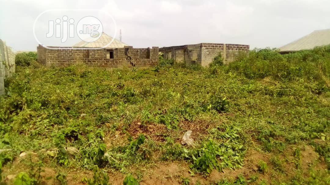 Archive: DISTRESS SALES Uncompleted Three Bedroom Nd Big Sitting Room