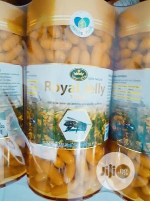 Nature's King Royal Jelly 1000mg 365 Soft Caps Bee Milk   Vitamins & Supplements for sale in Lagos State, Amuwo-Odofin