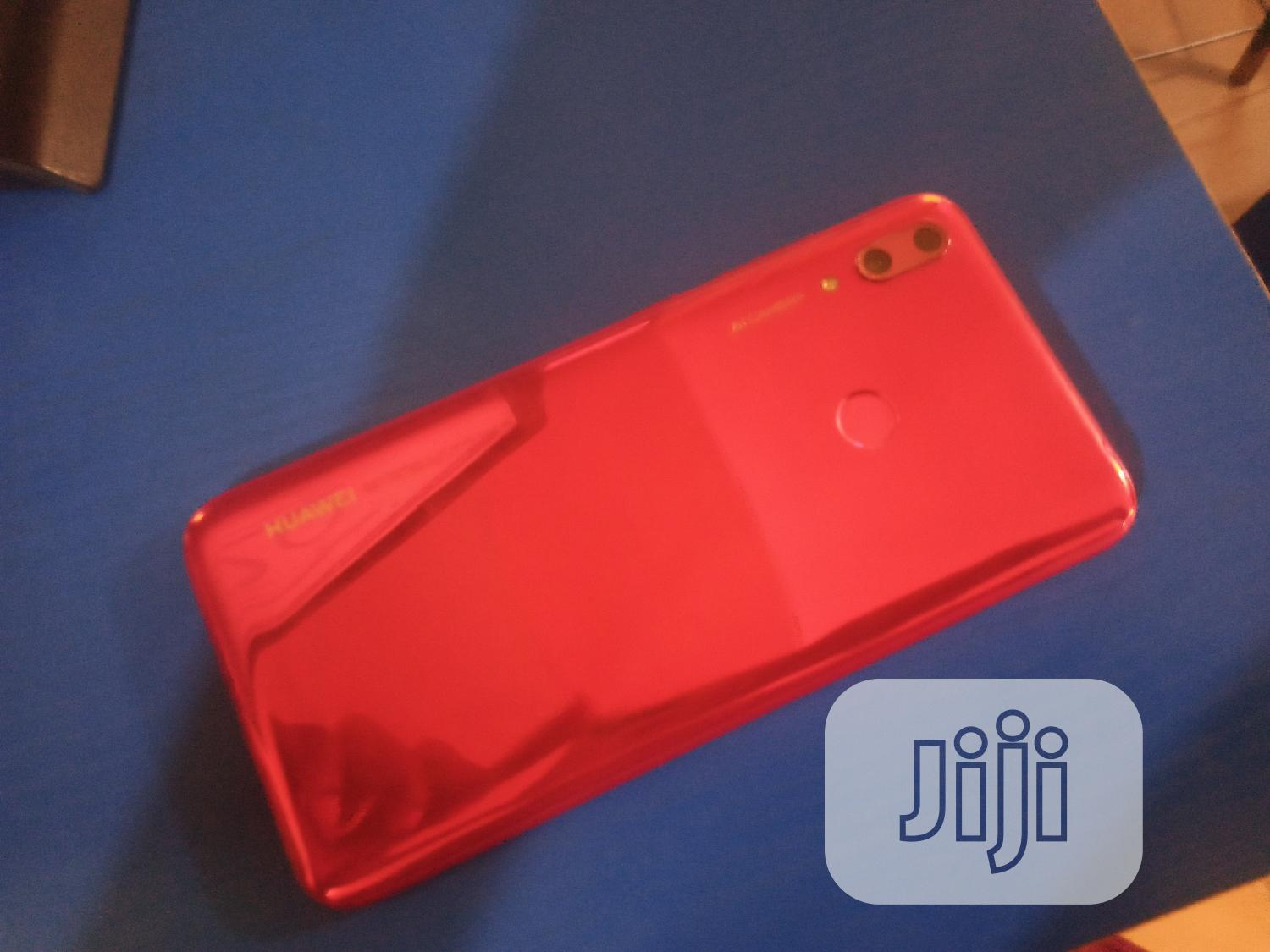 Archive: Huawei Y7 Prime 32 GB Red