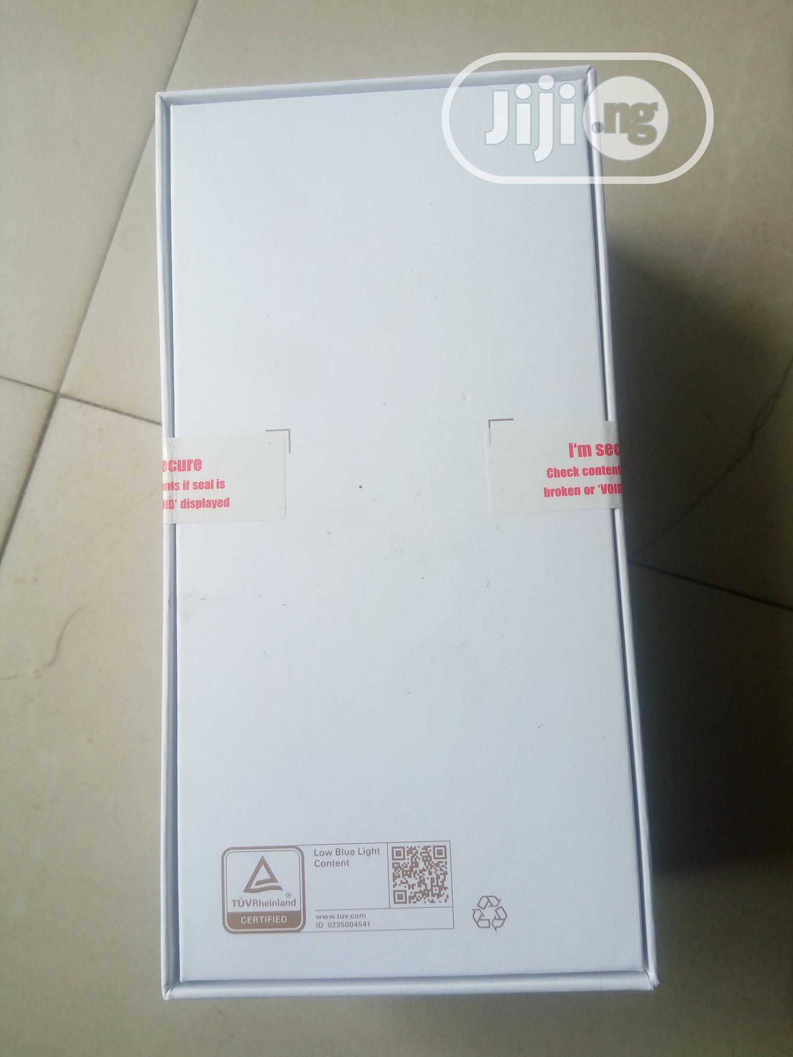 Archive: New Huawei P30 Lite 256 GB Black