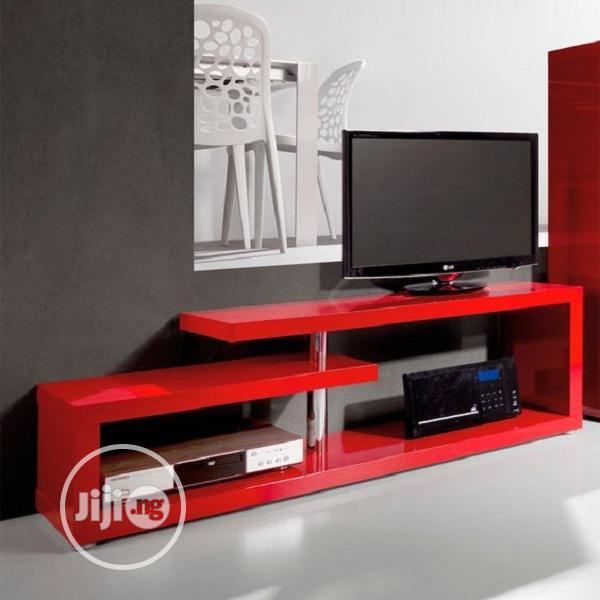 Archive: RECETEA TV Stand on Luxury Way