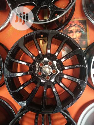 Size 22 Rim Smart Black for Range Rover Sport Available   Vehicle Parts & Accessories for sale in Lagos State, Mushin