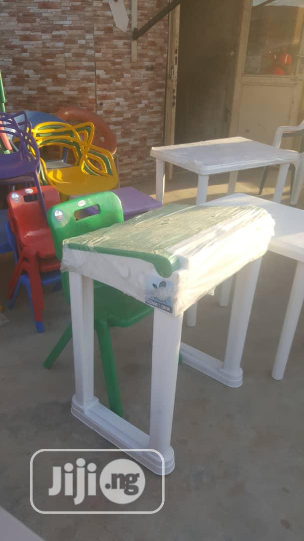 Plastic Student Desk With Chair