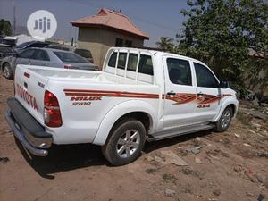 Toyota Hilux 2011 2.0 VVT-i White | Cars for sale in Abuja (FCT) State, Kubwa