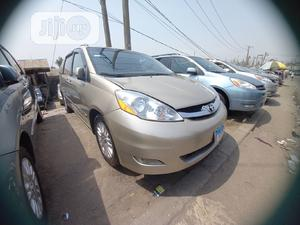 Toyota Sienna 2008 Gold | Cars for sale in Lagos State, Apapa