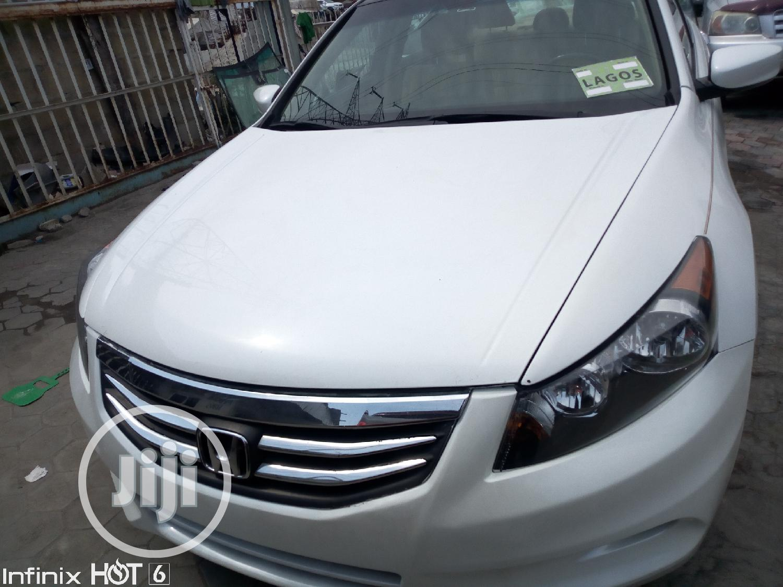 Honda Accord 2012 White