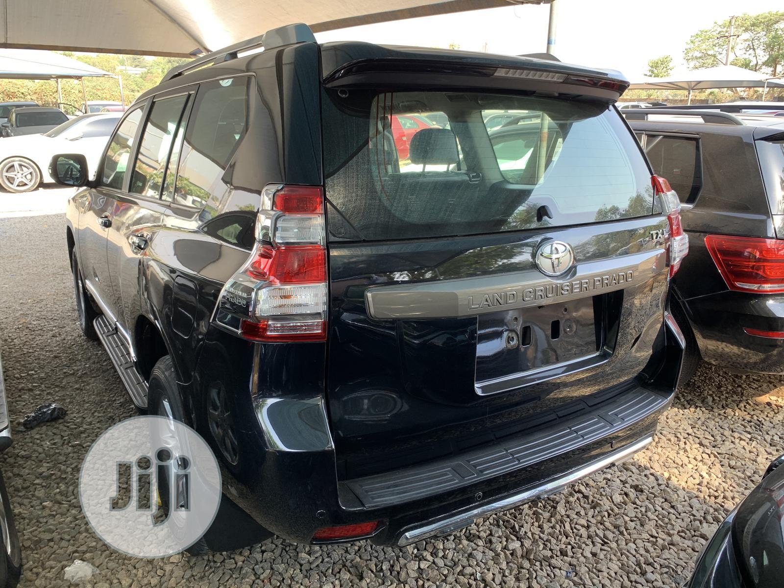 Toyota Land Cruiser Prado 2015 GXL Black | Cars for sale in Central Business Dis, Abuja (FCT) State, Nigeria