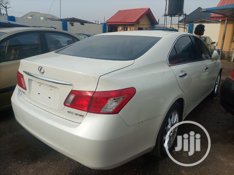 Lexus ES 2007 White   Cars for sale in Ifako-Ijaiye, Lagos State, Nigeria