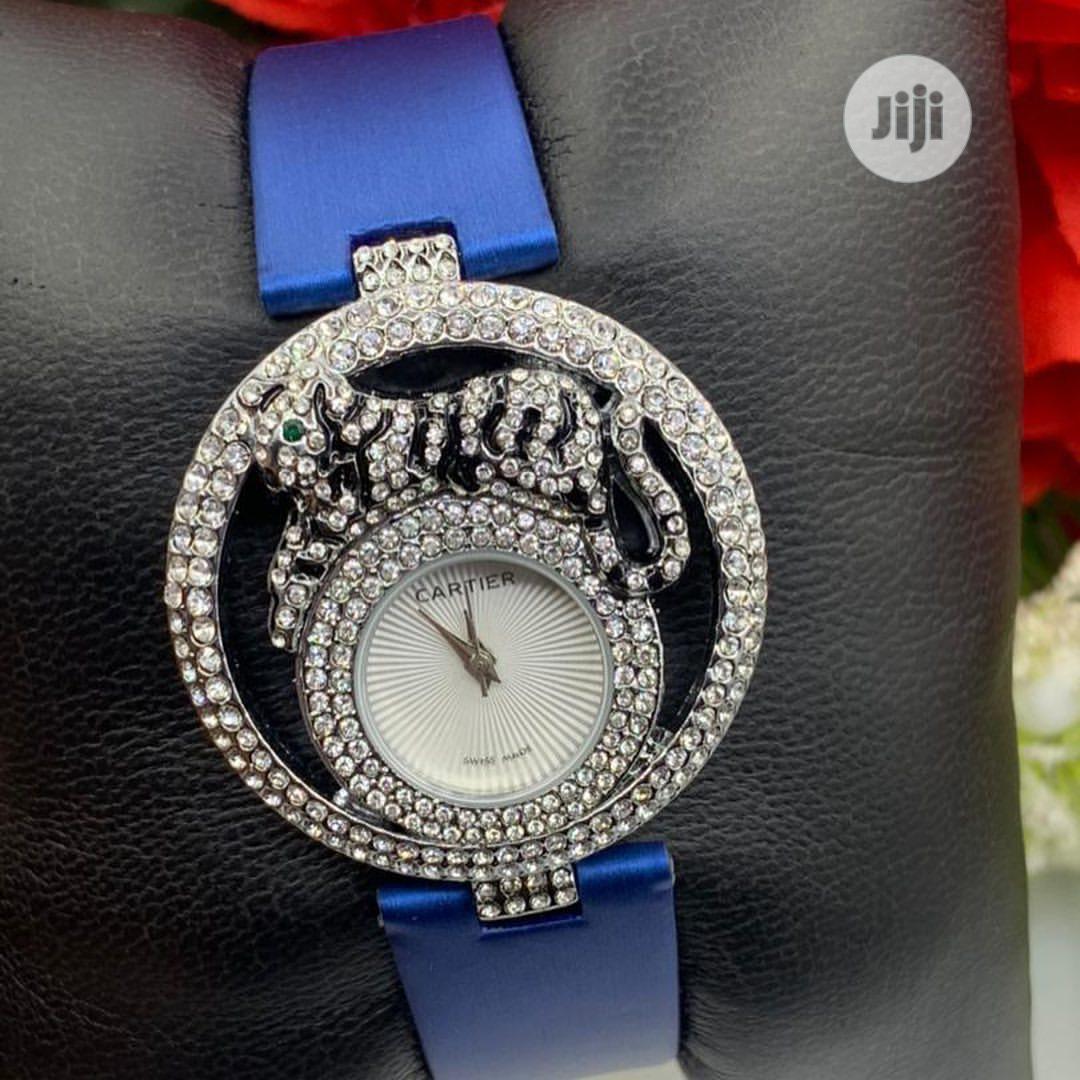 Ladies Leather Wrist Watch