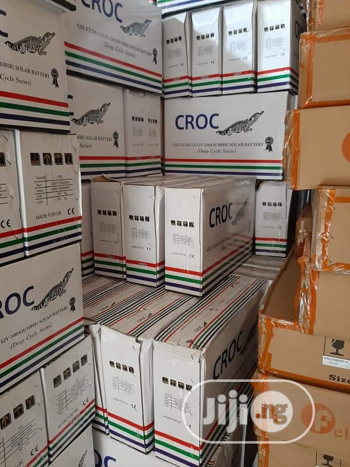 100amhs/12v Croc Battrey Available Witn Warranty.