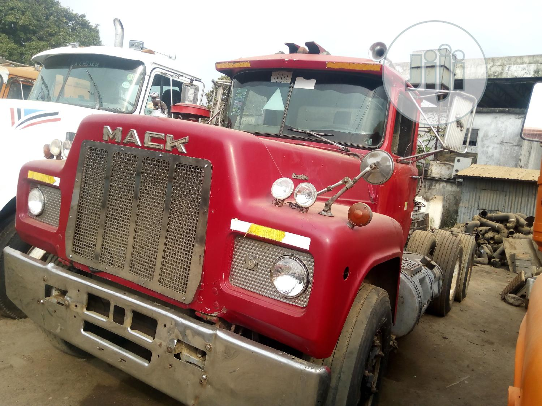 Rmodel Tractor Mack Head