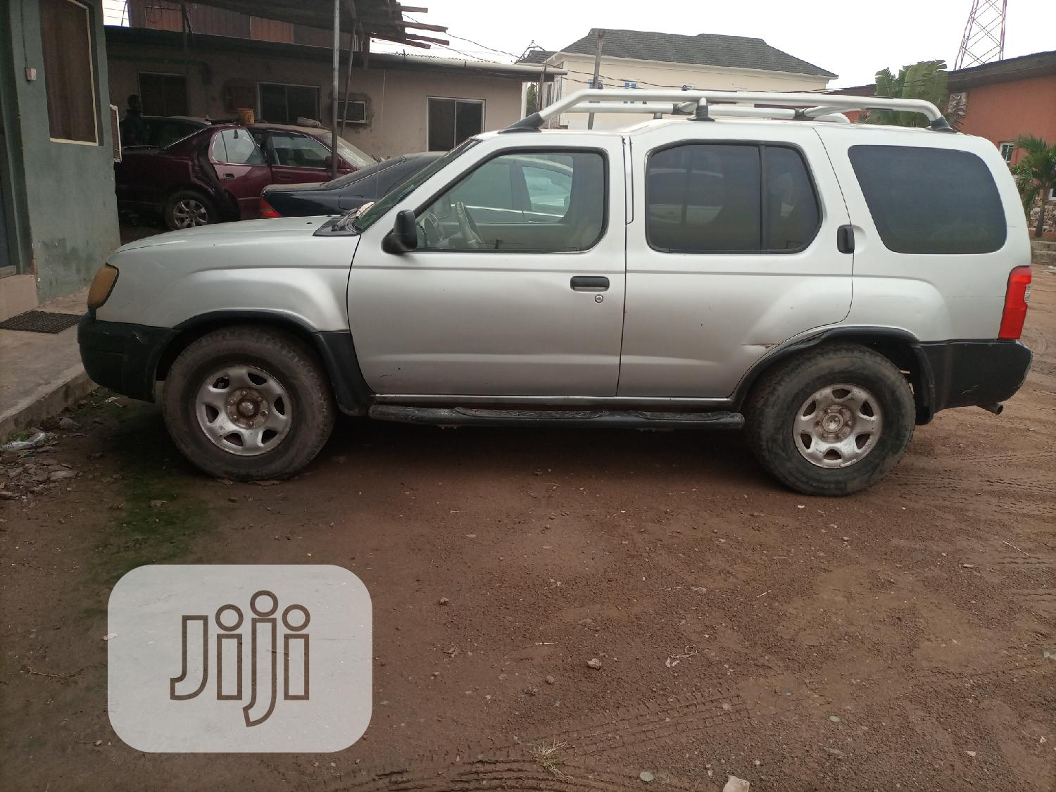 Archive: Nissan Xterra 1999 Automatic Silver