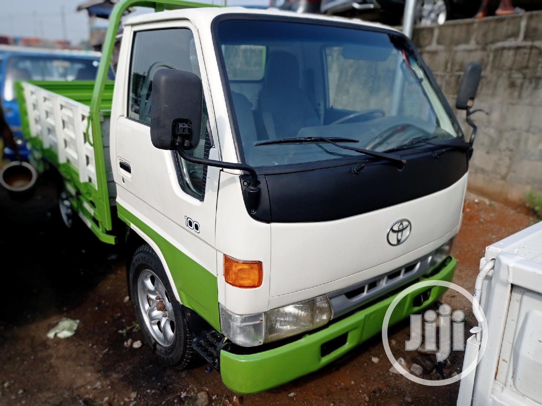 Toyota Dyna 2002 White | Trucks & Trailers for sale in Apapa, Lagos State, Nigeria