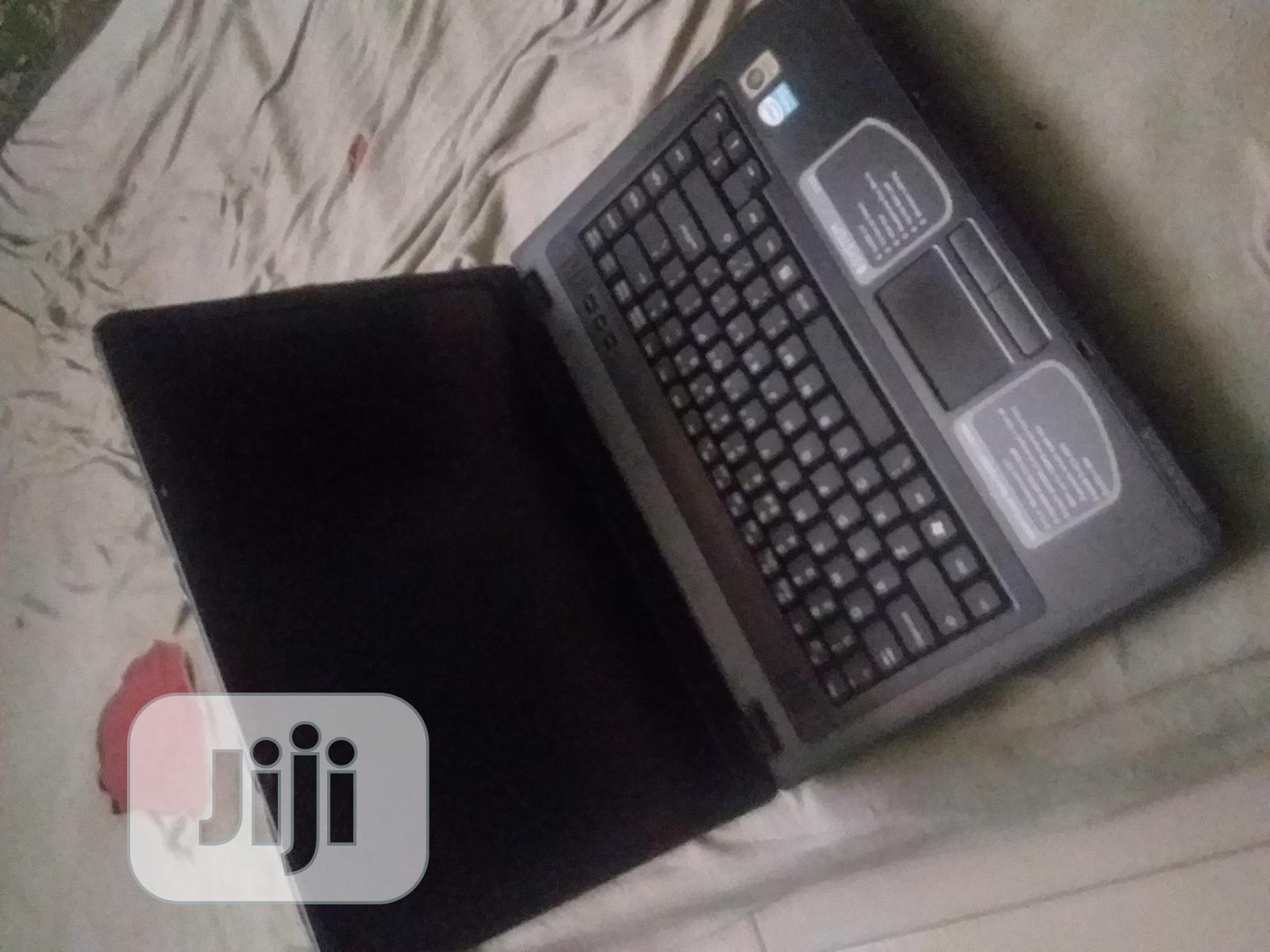 Archive: Laptop E-System 2GB Intel Core 2 Duo HDD 160GB
