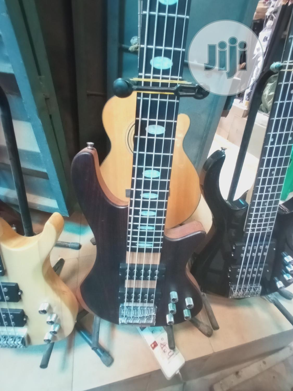 Fender 5 Strings Bass