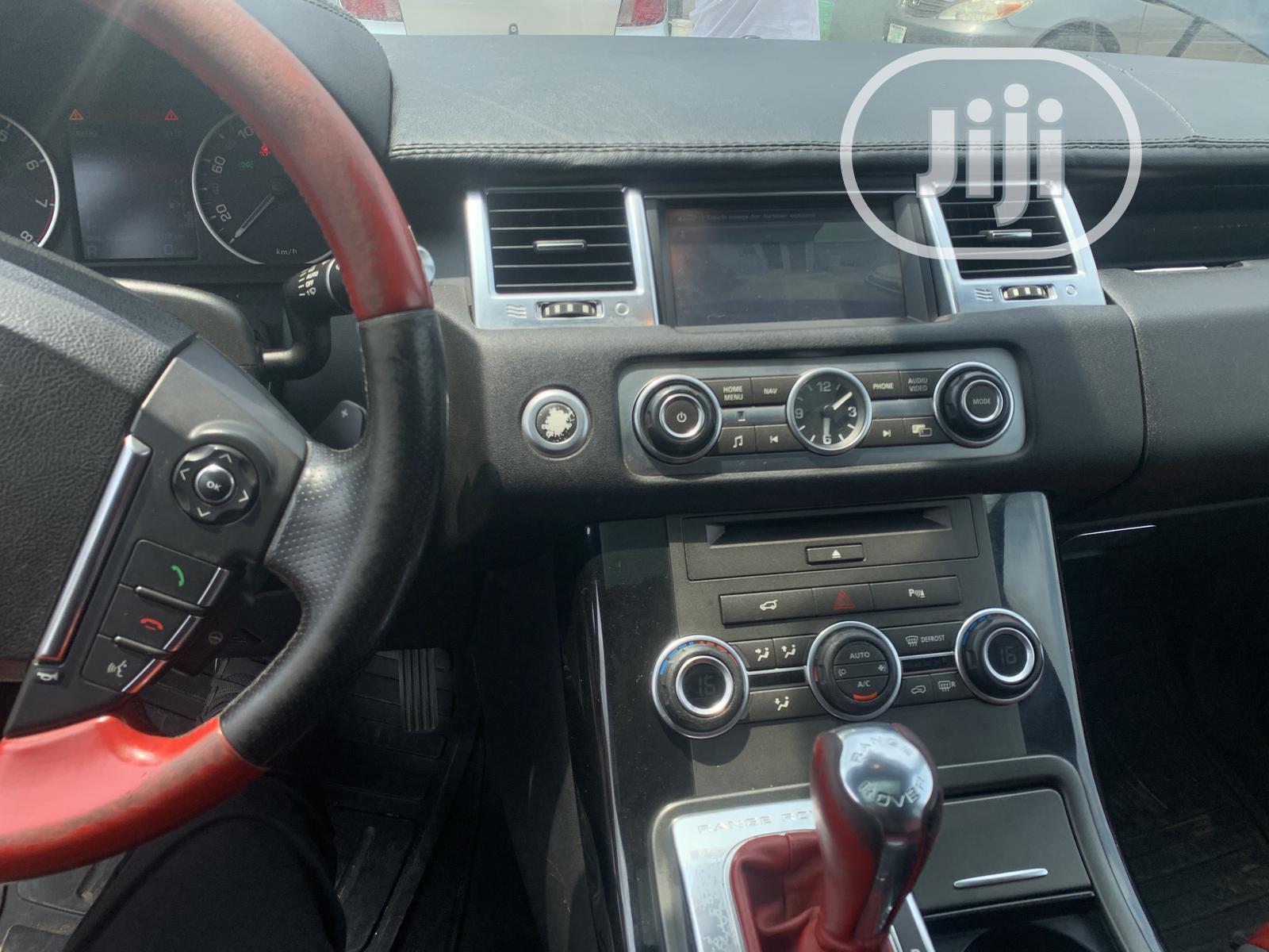 Archive: Land Rover Range Rover Sport 2012 Black
