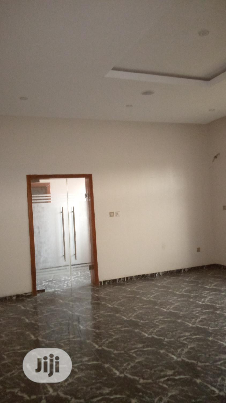 Archive: 5bedrooms Semi-Detached Duplex