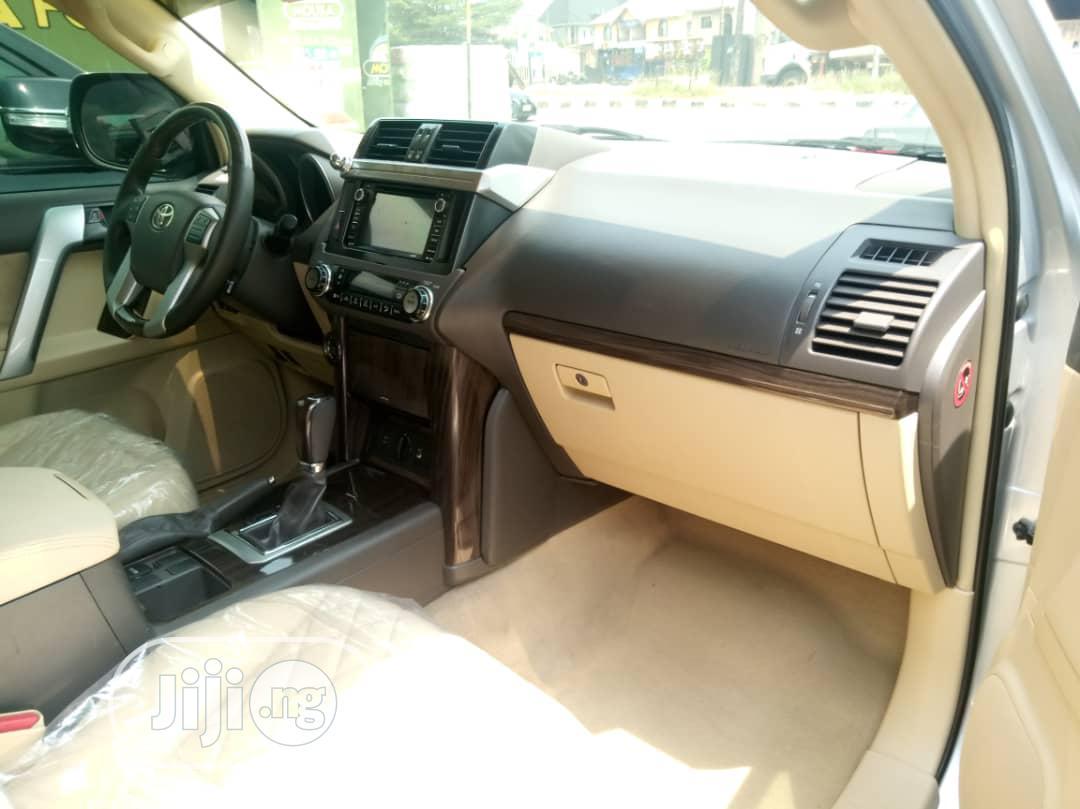 Toyota Land Cruiser Prado 2015 GXL Silver | Cars for sale in Amuwo-Odofin, Lagos State, Nigeria