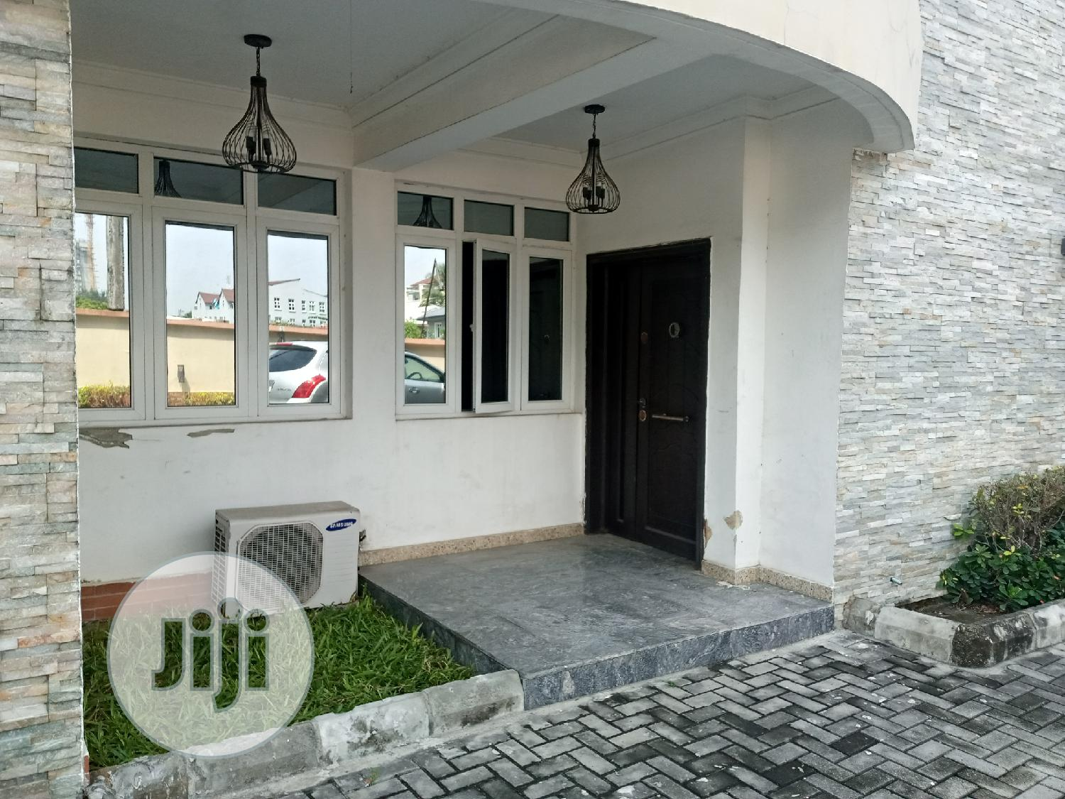 Service 5 Bedroom Townhouse With an Attached Boys Quarter