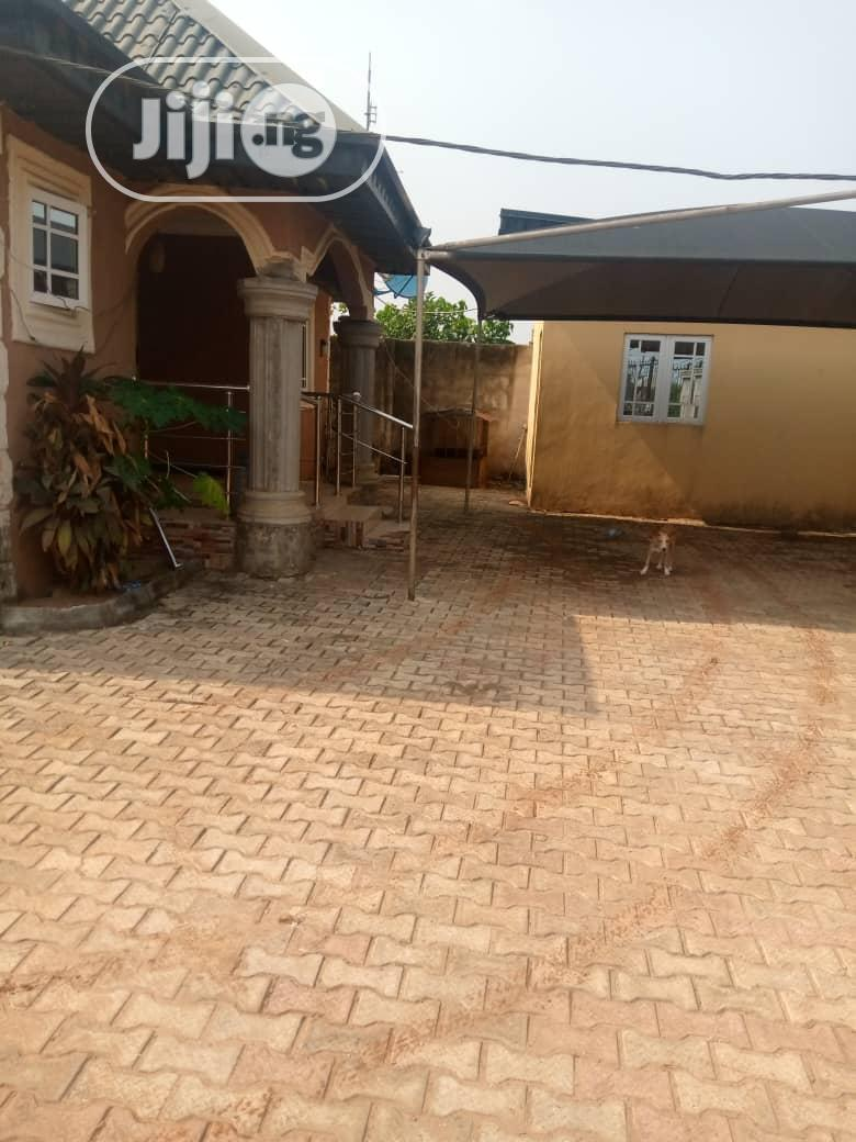Clean 4bedroom Bungalow and 2 Number of Mini Flat | Houses & Apartments For Sale for sale in Ikorodu, Lagos State, Nigeria