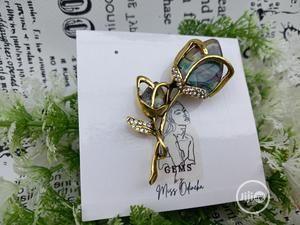 Accented Flower Brooch   Jewelry for sale in Lagos State, Ejigbo