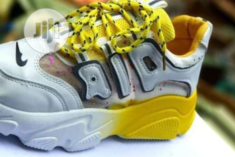 Quality Ladies Fashion Sneakers Shoe