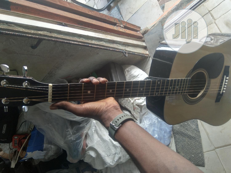 Uk Used Box Guitar