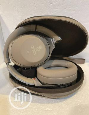 Sony Noise Cancelling Headphones (WH-1000XM2) | Headphones for sale in Enugu State, Enugu