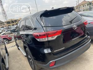 Toyota Highlander 2016 XLE V6 4x4 (3.5L 6cyl 6A) Black | Cars for sale in Oyo State, Ibadan