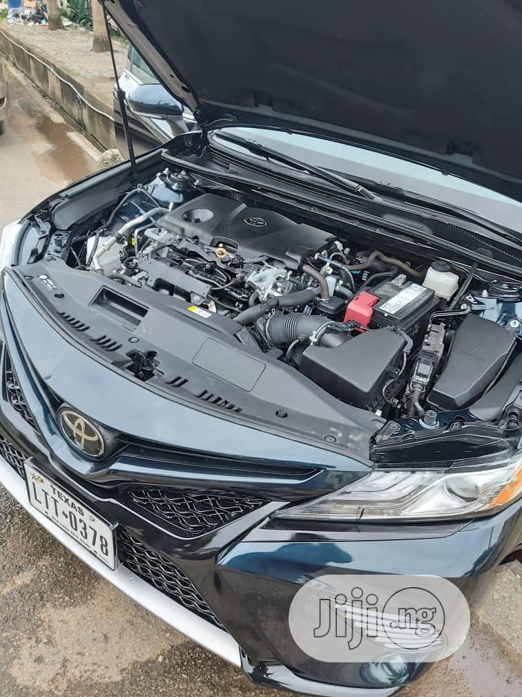 Archive: Toyota Camry 2019 Blue